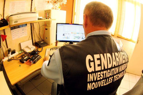 Les gendarmes veillent aussi sur internet et les réseaux sociaux