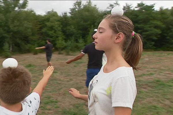 Apprentissage du jonglage à Nexon