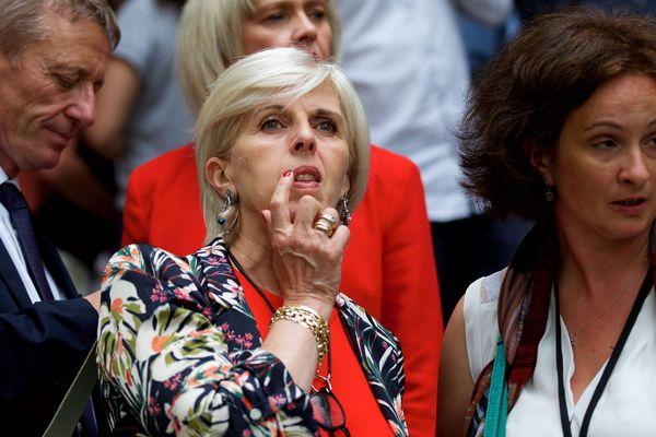 Brigitte Liso, à son arrivée à l'Assemblée Nationale.