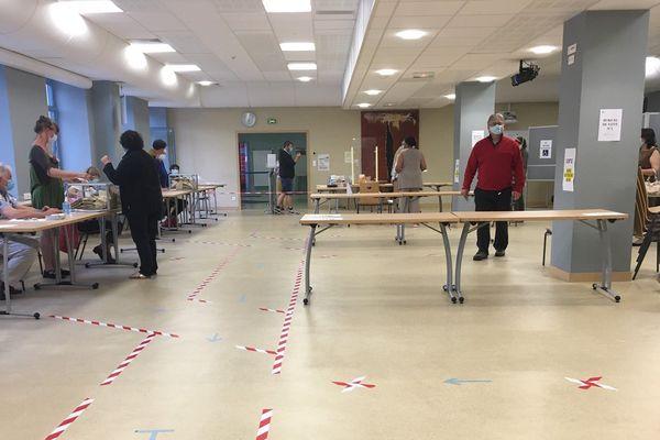 Bureau de vote à Aubusson, le 28 juin 2020