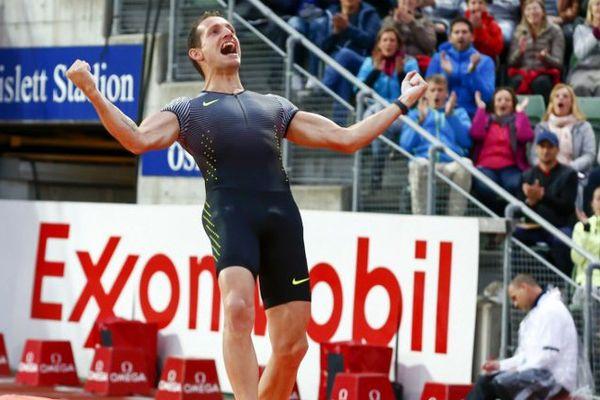 Oslo, le 9 juin 2016 : le Clermontois Renaud Lavillenie a remporté le concours de saut à la perche de la 7e étape de la Ligue de Diamant (5,80 m).