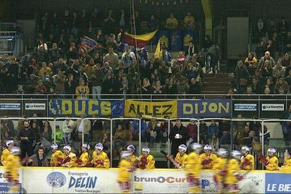 Les Ducs de Dijon, à domicile, à la patinoire Trimollet.