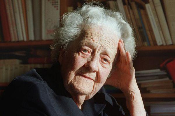 Germaine Tillion à Saint-Mande -22/11/2000