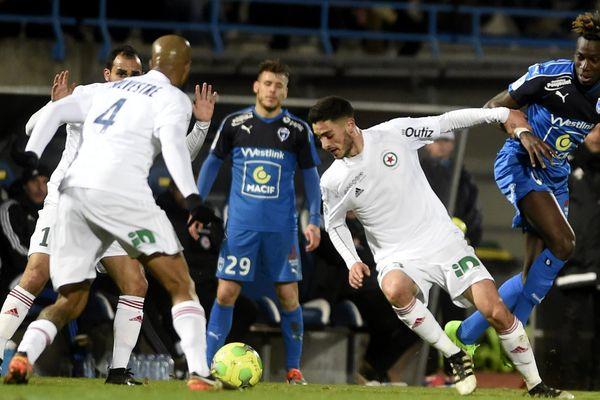 Les Chamois Niortais ont été battus 2 à 3 par le Red Star, le 24 février 2017.