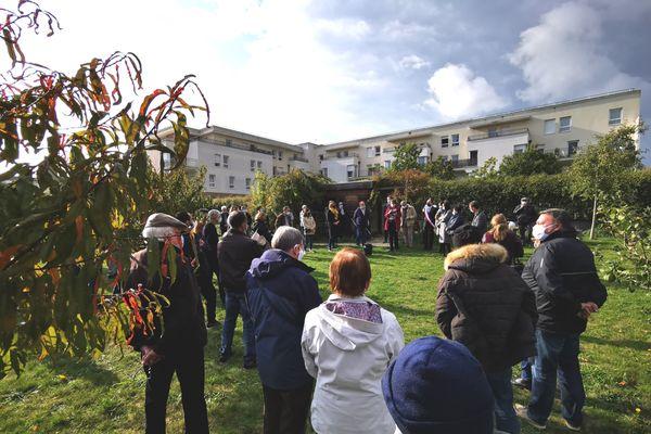 Une soixantaine de personnes de toutes religions se sont réunies à Beauvais.