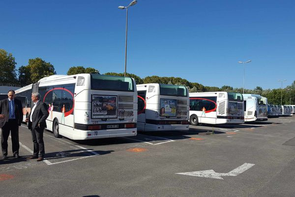 Au lendemain de ce nouvel incident, tous les bus d'Angoulême sont restés au dépôt.