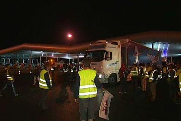 Manifestation des agriculteurs au péage de St Arnoult en Ile-de-France