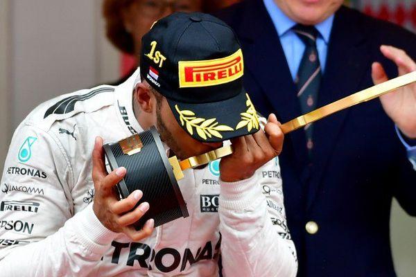 GP de Monaco: Hamilton gagne devant Ricciardo et Pérez