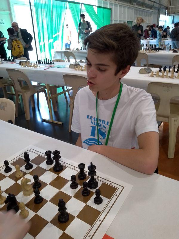 Simon Hadida, jeune espoir deauvillais aux échecs.