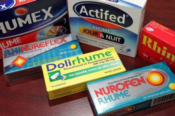 """Le magazine """"60 millions de consommateurs"""" met en garde contre les effets secondaires d'une trentaine de médicaments antirhume."""