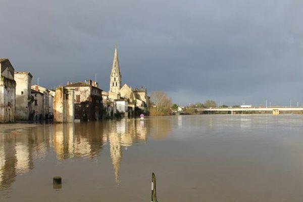 La Garonne  à Langon le 27 janvier 2014