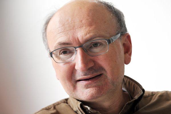 Eric Fottorino vient de recvoir le Prix des Mouettes