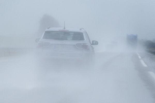 Attention à la pluie sur les routes
