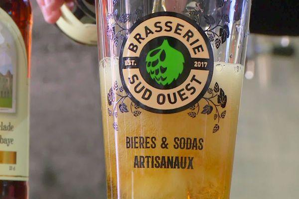 La bière d'Abbaye de Chancelade est brassée à Neuvic par des profanes, mais dans les règles de l'art des bières dites d'Abbaye