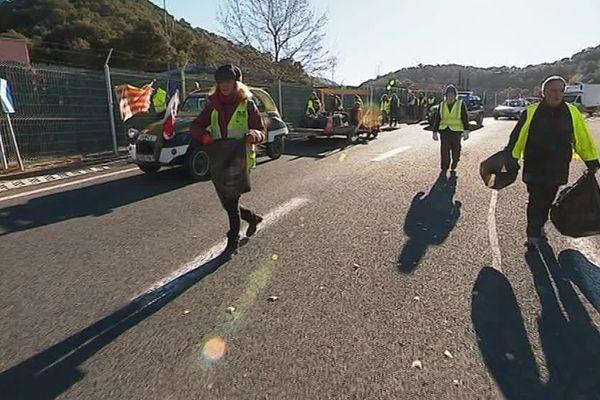 Les gilets jaunes de Perpignan ont organisé une opération ramassage de déchets - 29 décembre 2018
