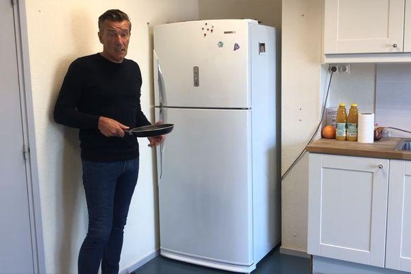 Le maire s'est mis en scène dans sa cuisine