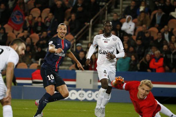 Face à Guingamp, Zlatan Ibrahimovic a marqué son premier but de la saison.