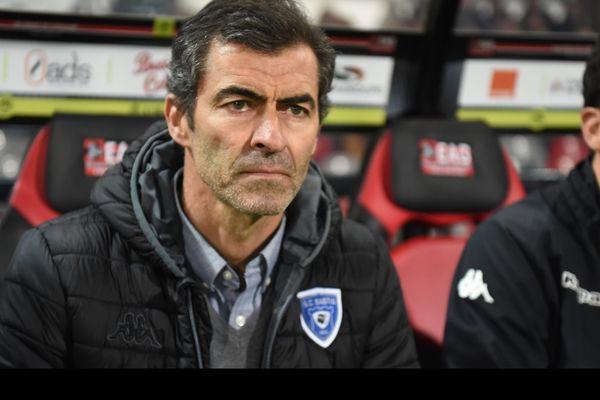 Rui Almeida, devenu sélectionneur au départ de François Ciccolini fin février, n'est pour le moment pas parvenu à décrocher une première victoire avec le SC Bastia.