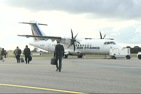 L'aéroport de Lannion, dans les Côtes d'Armor accueille à plus de 70% des vols d'affaires.