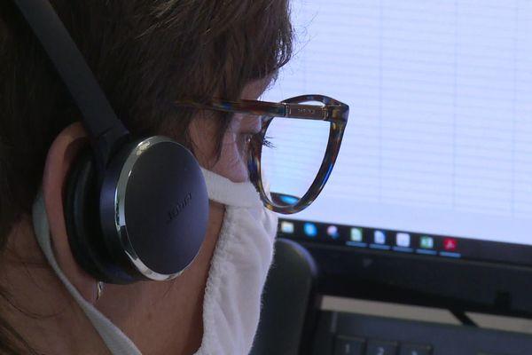 Le centre d'appel gratuit est basé à Pompadour
