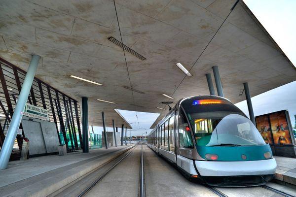 La ligne B du tramway a repris sa circulation jusqu'au terminus, le mercredi 2 décembre 2020.