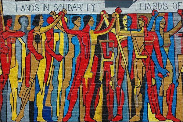 Solidarité, fresque murale de l'United Electrical Workers trade union building à Chicago, Illinois (USA)