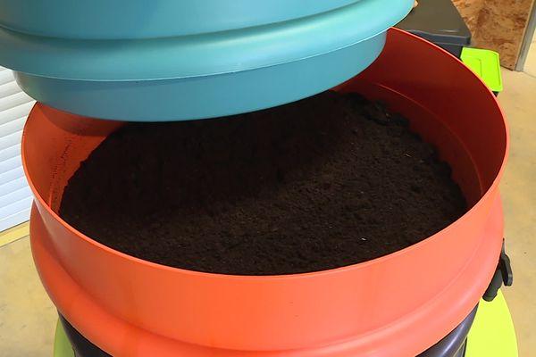 Le lombricompost produit est un engrais naturel 100 fois plus puissant que du compost classique