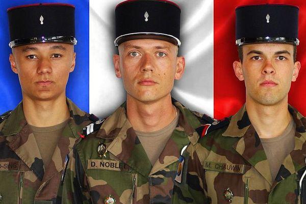 De g. à d., le 1re classe Mickaël POO-SING, le maréchal-des-logis Damien NOBLET et le brigadier Michael CHAUWIN décédés au Mali, le mardi 12 avril