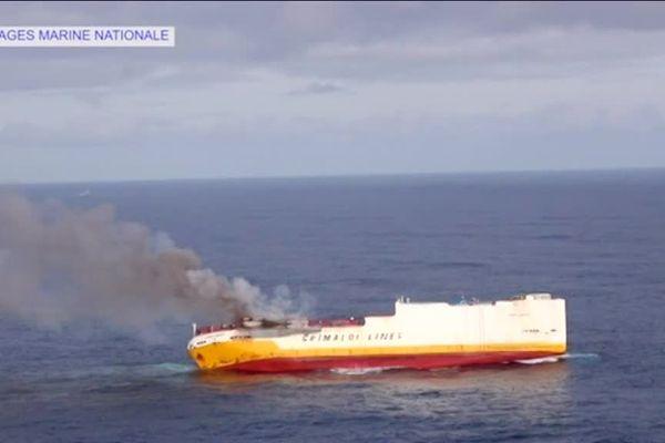Le cargo Grande America a fait naufrage mardi 12 mars 2019, à 333 kilomètres au large de La Rochelle.