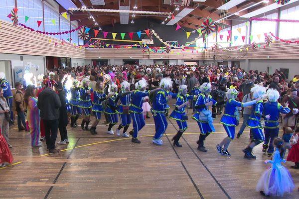 Le bal du carnaval de Sundhouse organisé dans la salle polyvalente, le 24 février 2020