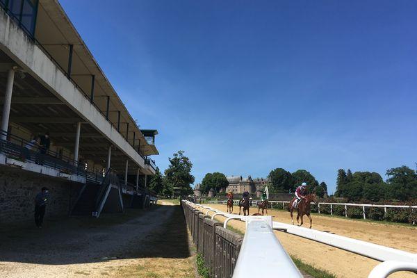 Les chevaux de course vont pouvoir continuer à s'entraîner (archives mai 2020).