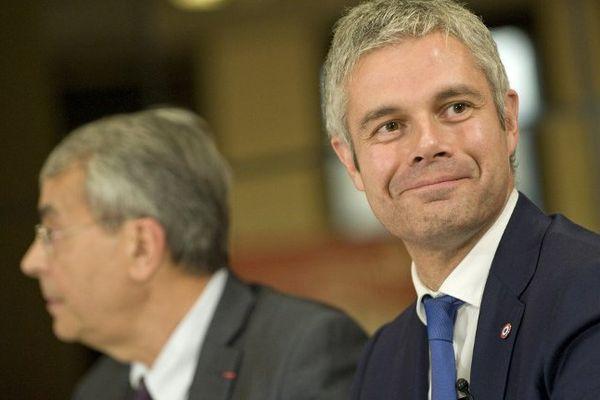 Laurent Wauquiez (Les Républicains) et jean-Jack Queyranne (Parti Socialiste) sont annoncés au coude-à-coude dans la course pour la présidence de la région Auvergne-Rhône-Alpes à 72 heures du second tour des élections régionales.