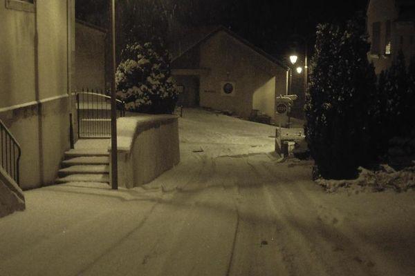 Rémering (Moselle) au petit matin mercredi 16 janvier 2013, par Gérard, internaute de France 3 Lorraine.
