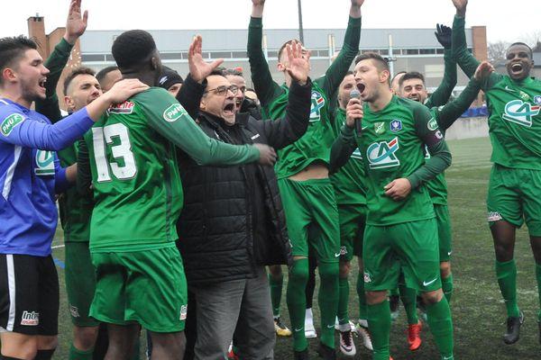 L'équipe de Croix, le 5 janvier, lors de sa qualification pour les 16e de finale de la Coupe de France.