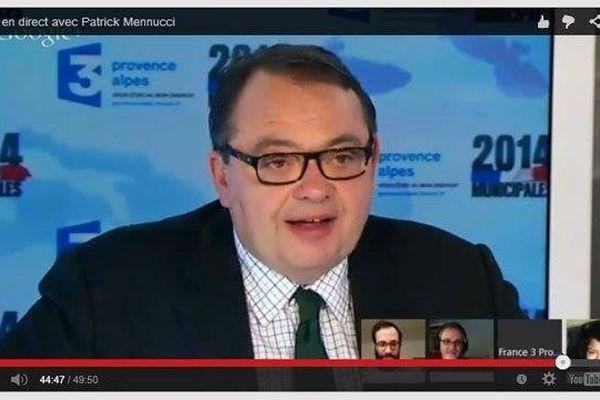 Patrick Mennucci a répondu aux questions de 3 internautes.