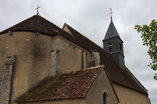 Eglise Saint-Pierre à Chambon (Cher)