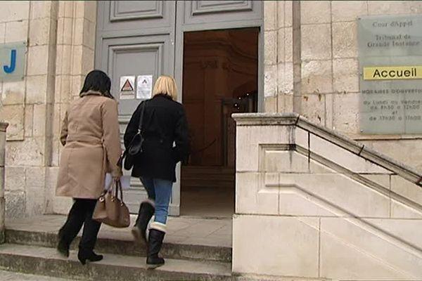 Tribunal de Grande Instance de Bourges (Cher)