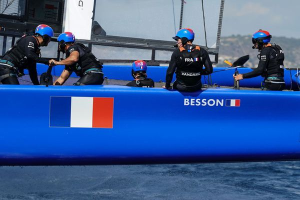 L'équipe de France SailGP cherche un nouveau wincheur.