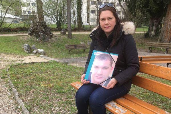 Dalila Boutvillain n'a jamais cessé de chercher son frère Malik, disparu le 6 mai 2012, en Isère.