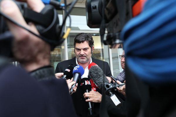 Me Randall Schwerdorffer devant le palais de justice de Besançon - image d'archives