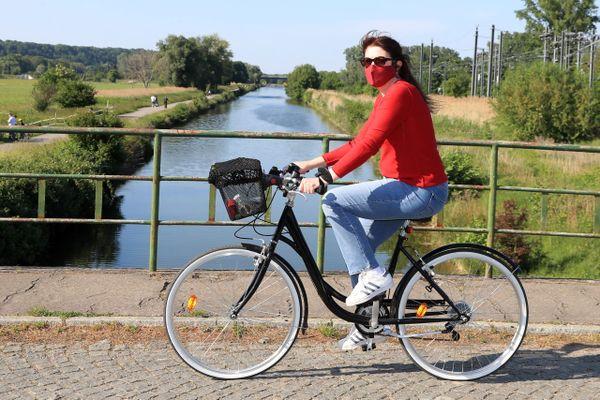 Depuis le samedi 15 août, le port du masque est obligatoire pour les cyclistes le long de la Véloroute entre Saint-Valéry-sur-Somme et Ham.