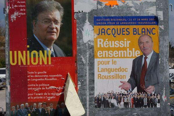 Lutte politique par panneaux électoraux interposés entre Georges Frêche et Jacques Blanc lors des régionales de 2004