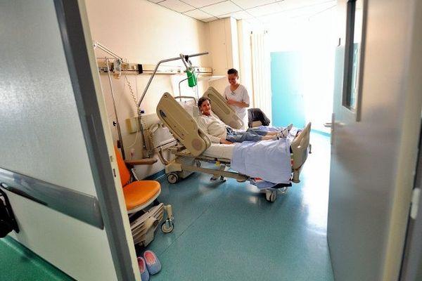 Au Centre Oscar Lambret, dans l'unité de traitement des cancers.