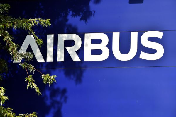 Logo au siège toulousain d'Airbus.