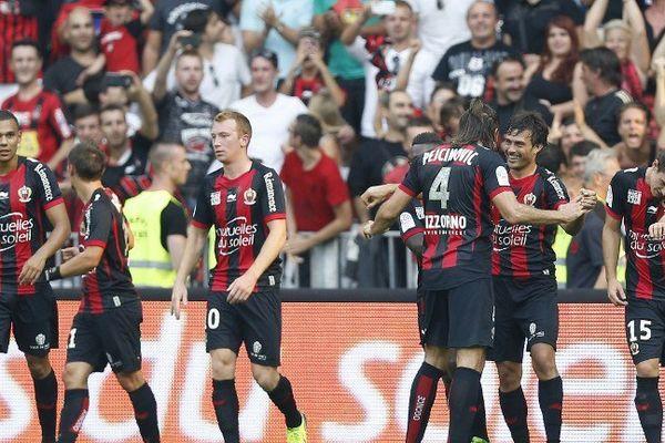 Les Aiglons de l'OGC Nice lors de leur victoire dans leur nouveau stade ce week-end face à Valenciennes