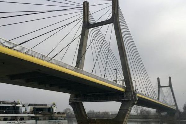 Le pont de Bourgogne à Chalon-sur-Saône, un ouvrage construit en 1992