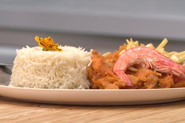 Le bobó de camarão, c'est une des nombreuses recettes iconiques de la région de Bahia au Brésil.