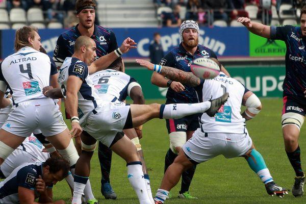 Montpellier, brouillon, a été battu pour la deuxième fois en trois matches de Top 14, samedi sur le terrain du Stade Français (20-31).