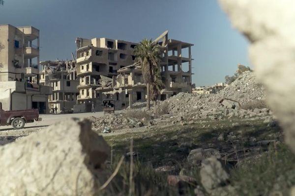 La ville de Raqqa (Syrie) détruite par la guerre civile.