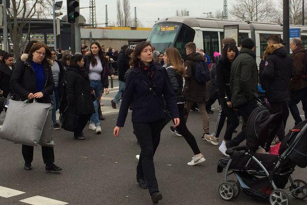 """Grande affluence le samedi à la station """"Kehl Bahnhof"""""""